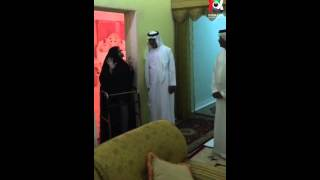 تواضع الشيخ نهيان بن مبارك آل نهيان