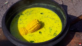 American Trying Indian Village Food for the First Time