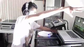 DJ BL3ND Electro House 2010 (CRAZY MIX)