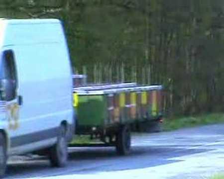 lr trailer for bees pčelarska prikolica za lr košnice 44