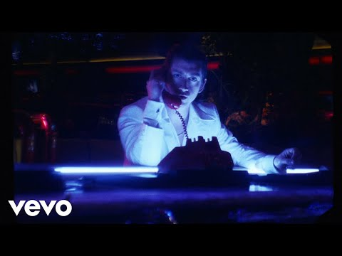 Xxx Mp4 Arctic Monkeys Tranquility Base Hotel Casino Official Video 3gp Sex
