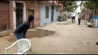 Gali cricket..funny..😂