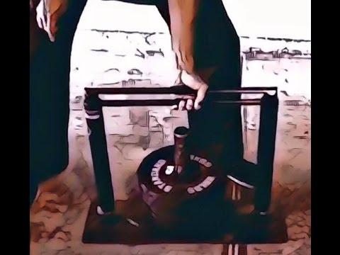 Bruce Lee grip machine