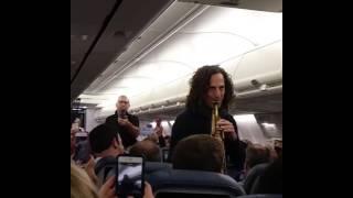 Kenny G Surprises Delta Flight Passengers With Exclusive Performance