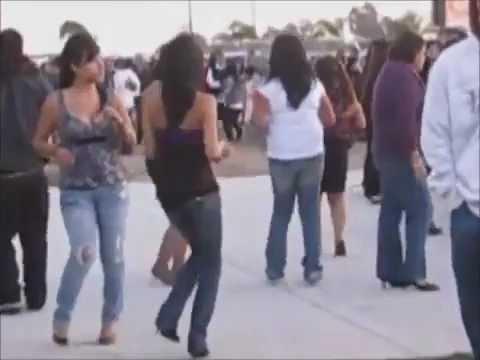 Bailando Chilenas Del estado de Oaxaca