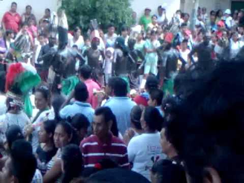 BICENTENARIO AZOYU 2010 danza de los apaches