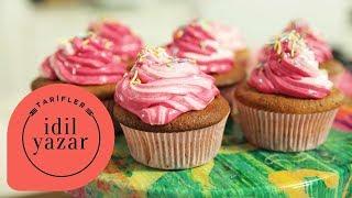 Çilekli Cupcake (Strawberry Shortcake Cupcake) - İdil Yazar - Yemek Tarifleri