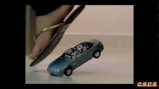 J - SlowMotion 300fps - Toy Car 02