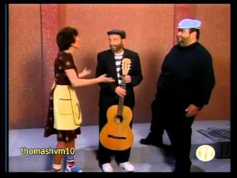 Chespirito Los Caquitos La serenata 1994