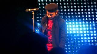 Atif Aslam Salam 2011 Dubai Concert-Mera Piya Ghar aaya.