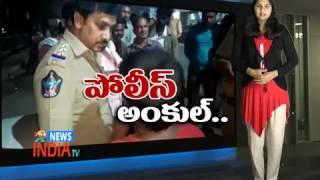 Minor Boy Caught By Police While Bike Riding - INDIA TV Telugu