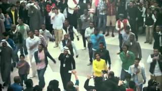 Flash mob at avenues mall kuwait orignal version (the best flash mob i ever seen )