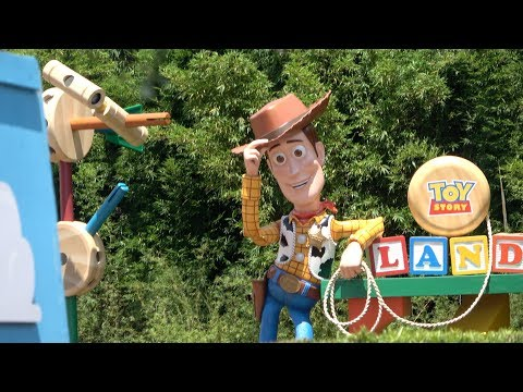 My Review Of Toy Story Land at Hollywood Studios!!!