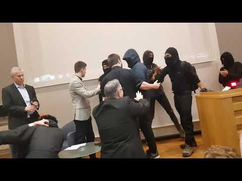 Xxx Mp4 Antifa Disrupt Sargon Of Akkad And Yaron Brooks Event At KCL 3gp Sex