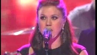 KELLY CLARKSON (awesome emotional performance)  - NEVER AGAIN (Live w/ lyrics)