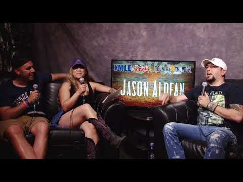 Nina and Niko Interview Jason Aldean Country Thunder 2018