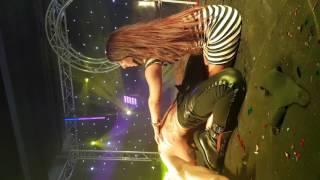 Strip-teas show improvisé lady mia miamore (surprise)
