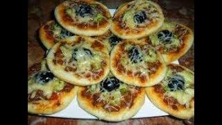 اسرع مينى بيتزا للمدارس (بدون فرن /بدون تخمير )لذذذذذذذيذه مطبخ ام عبد الله