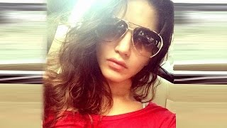 Sunny Leone's Best Hot & Cute Selfies | Check Out