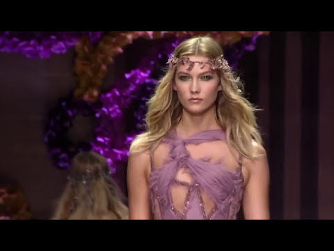 THE BEST RUNWAY MODELS OF ALL TIME!