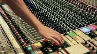 Zweites Interview aus den Abbey Road Studios mt Ais!