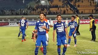 PSM Menang Di GBLA, Pemain PSM Makassar Dilempari