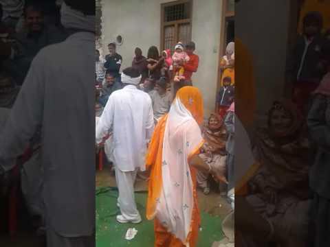 Desi danse in baroda village jija vs sali(9)
