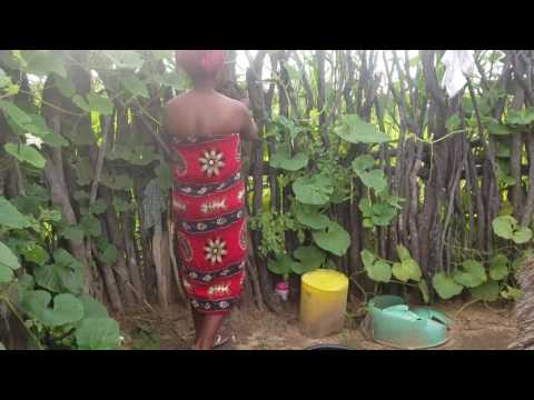 Namibian Village Life: Taking a bath and using the (bush) Toilet