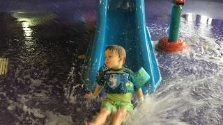 Kids FALLSVIEW INDOOR WATERPARK  FUN Indoor Pool for Kids