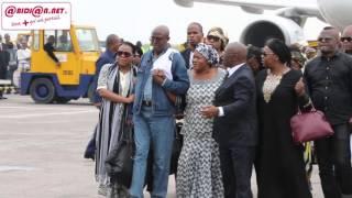 Kinshasa: la dépouille de Papa Wemba accueillie à l'aeroport de N'djili