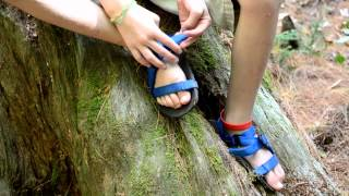Unshoes Sandals ~ A Child's Minimalist Shoe