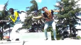 YEMI ALADE choreography  - Pose Ft Mugeez [Claude / Jennifer]