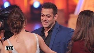 Salman Khan Rocks At Golden Petal Awards 2016