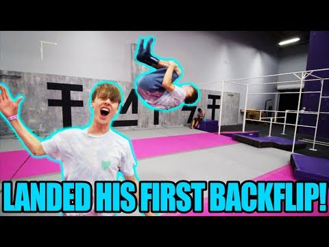 TAKING NON FLIPPERS TO WORLDS BEST TRAMPOLINE PARK funny experiment