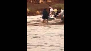 انقاذ معلمات من الغرق بحايل