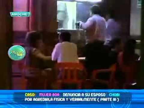 Chobi se consuela con vedette y la mujer boa presenta a su amiguito 10 03 2011
