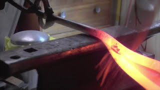 Blacksmithing - Forging a holdfast or hold down tool