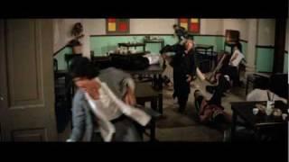 Jacky Chan and Drunken master fight - Drunken Master