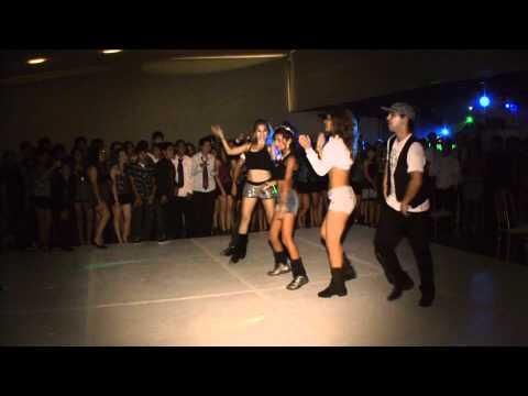 Baile Sorpresa en Filmacion de 15 Años de Almendra videoparaeventos