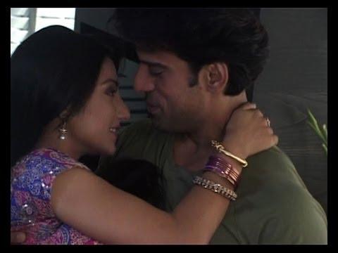 Xxx Mp4 Doli Armaanon Ki Samrat Urmi Honeymoon In Goa 3gp Sex