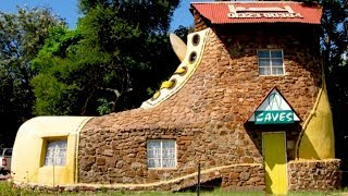 Top 10 Most Unusual Houses In The World!