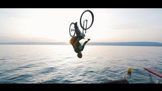 Water Jump - Bike  & Trampoline - Ultimate Family