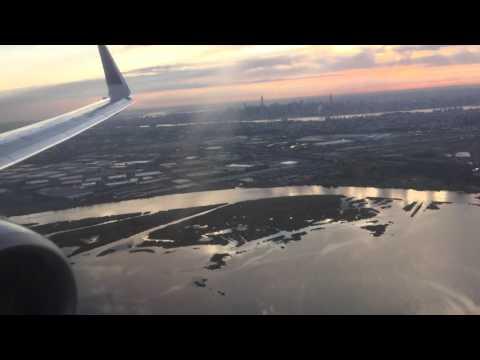 United 737-900ER Sunset Landing into EWR