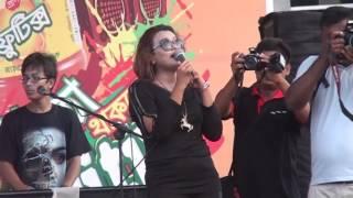 Rupban nacha komor dulaia Singer Mowsumi