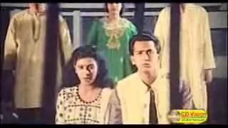 Bangla movie song Ekattorer ma jononi Bikkhov