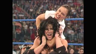 2001 04 12 SD (5)   Debra + Stephanie McMahon + Chyna vs  Ivory