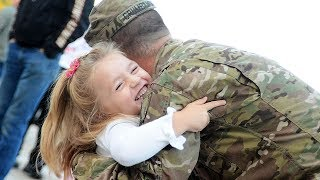 Soldiers Homecoming Surprises Kids Compilation (2017)