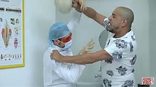 DZjoker   في كاميرا كاشي الواعرة لحلقة اليوم 10: ميستر أبي يشتد غضبا على  طبيب الاسنان