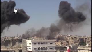 كاميرا نبأ ترصد  البراميل المتفجرة التي تحوي مادة النابالم الحارقة على أحياء درعا