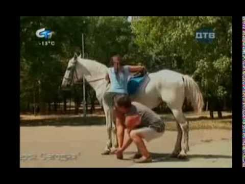 Pretty Girl needs Help to Ride the Horse / Funny Candid Camera